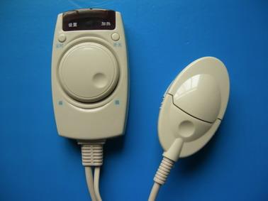 电路特点:     控制器具有无级调温功能,采用 lm393电路组成比较器